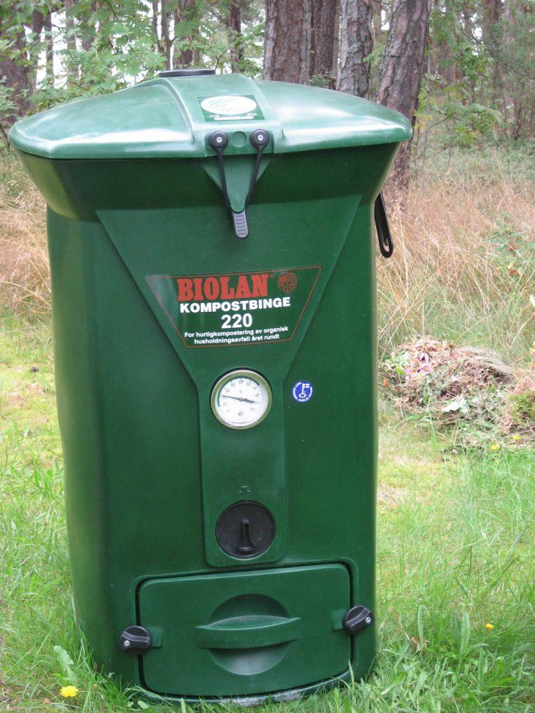 Varmkompost, det er hagens gull det - Kompostbinge til matavfall