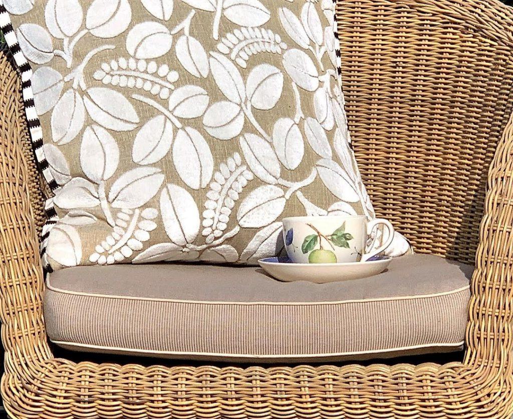 Appelsinmynte-te i godstolen - Den tekoppen og litt sol - deilig IMG_3240 (2)-min