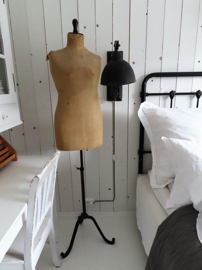 Når interiør og hage samsvarer - hjemme hos Jeanette - Detalj fra et soverom IMG_3367 (2)