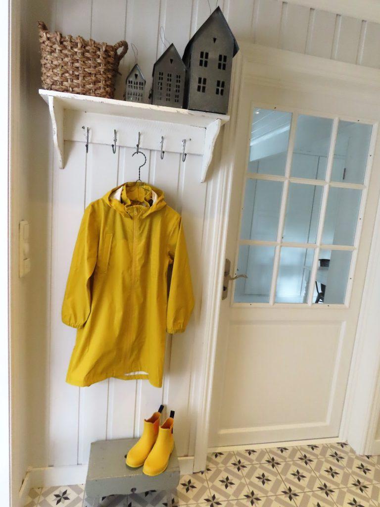 Når interiør og hage samsvarer - hjemme hos Jeanette, entreen i boligen IMG_3355 (2)