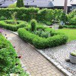 Tips til å lage din egen hage - Oversiktsbilde fra forhagen i Furulunden