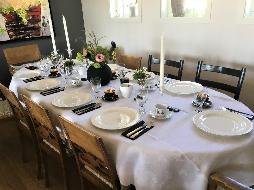 Borddekking - Tips til vakre blomster på bursdagsbordet - min