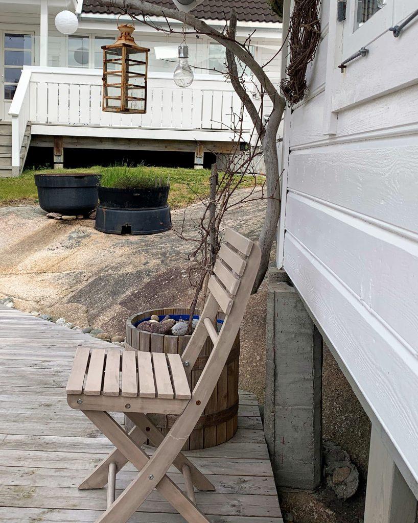 Tørre greiner kan også tas i bruk i hagen