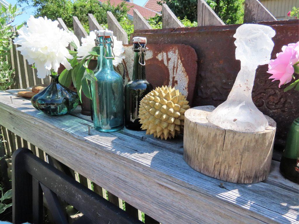 Når hagen preges av ditt kunstnersinn - Vaterland - stilleben nr 3