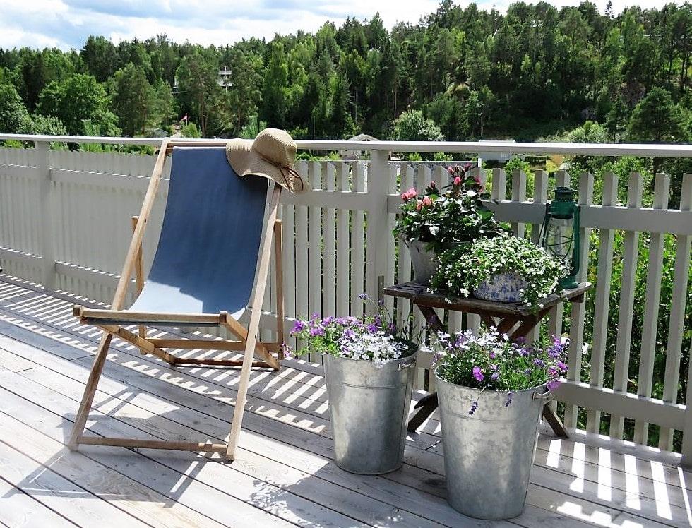 Fluktstol - stilleben på verandaen